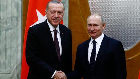 1603402865 2273846 2806 1580 26 94 - أردوغان يتّبع سياسة خارجية مستقلة رغم الضغوط