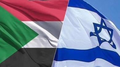 صورة وسط إشادات أمريكية.. لا مشكلة لدى السودان في إقامة علاقات مع إسرائيل