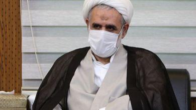 صورة المرشد الإيراني يعين مبعوثاً جديداً له في سوريا على صلة بنشر التشيع