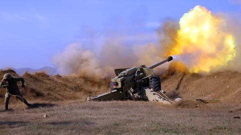 1603559520 9347649 989 557 0 37 - أذربيجان.. تدمير دبابات وتحصينات وإسقاط طائرات حربية ومسيّرات أرمينية