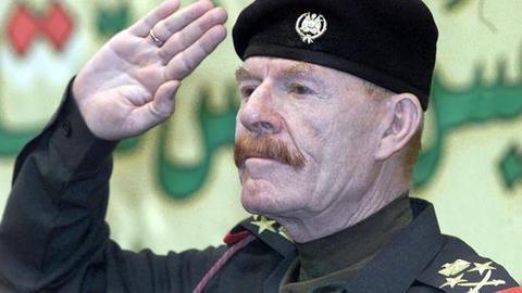1603710389 9363501 571 321 7 1 - ظل صدام حسين يرحل.. من هو عزة إبراهيم الدوري؟