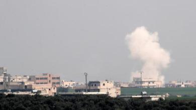 صورة قصف روسي على معسكر للمعارضة بإدلب يخلف خسائر كبيرة بالأرواح