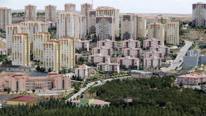 حلّت إسطنبول في المرتبة الأولى من حيث عمليات البيع فيماجاءت أنطاليا في المرتبة الثانية ثم أنقرة في المرتبة الثالثة