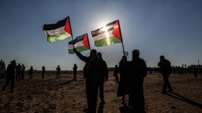 شددت اللجنة على ضرورة الكف فوراً عن تنفيذ أي خطط لضمّ أجزاء من الضفة الغربية وغور الأردن إلى إسرائيل