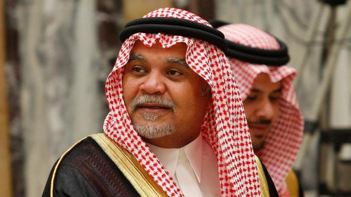 الصحفي آمنون لورد: بندر بن سلطان يؤدي بالمهمة أفضل منّا