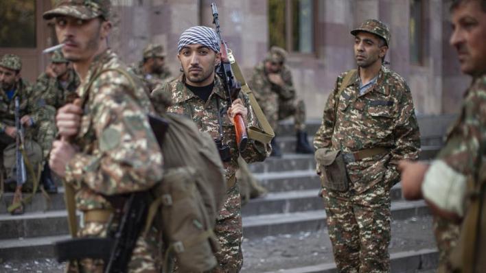 أرمينيا تواجه اتهامات بالاستعانة بمرتزقة أجانب وعناصر تنظيمات إرهابية في مواجهتها القوات الأذربيجانية بإقليم قره باغ
