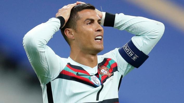 أعلن الاتحاد البرتغالي لكرة القدم إصابة كريستيانو رونالدو بفيروس كورونا خلال معسكر منتخب بلاده