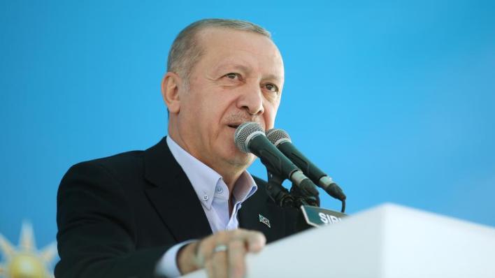 الرئيس التركي يتهم روسيا وأمريكا وفرنسا بدعم أرمينيا بالسلاح