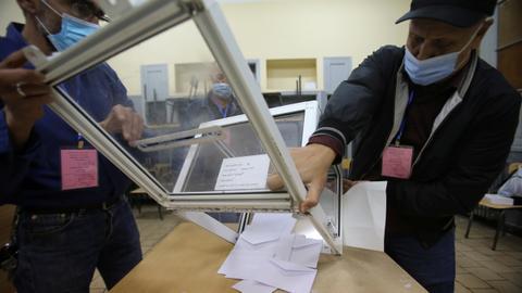 1604322611 9433268 5132 2890 41 121 - بنسبة مشاركة 24%.. الجزائر تعلن الموافقة على التعديل الدستوري