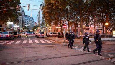 صورة مقتل 5 أشخاص جرّاء هجوم فيينا بينهم أحد المنفذين