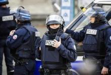 صورة نيويورك تايمز تكتب عن أطفال تعرضوا لإرهاب الشرطة الفرنسية