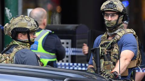 1605769258 1114317 2881 1622 14 166 - إحالة جنود أستراليين إلى المحاكمة بتهمة قتل 39 محتجزاً أعزل بأفغانستان