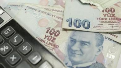 صورة الليرة التركية وبورصة إسطنبول تصعدان بعد قرار رفع الفائدة