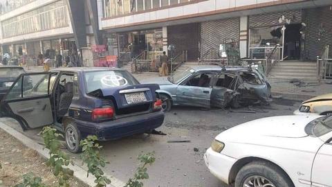 1605940845 9587735 949 534 5 2 - سلسلة انفجارات تهز وسط العاصمة الأفغانية كابول