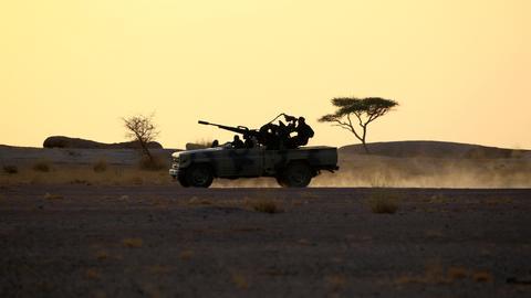 2815808 3465 1951 3 375 - الصحراء الغربية.. هل تقرع طبول الحرب من جديد؟