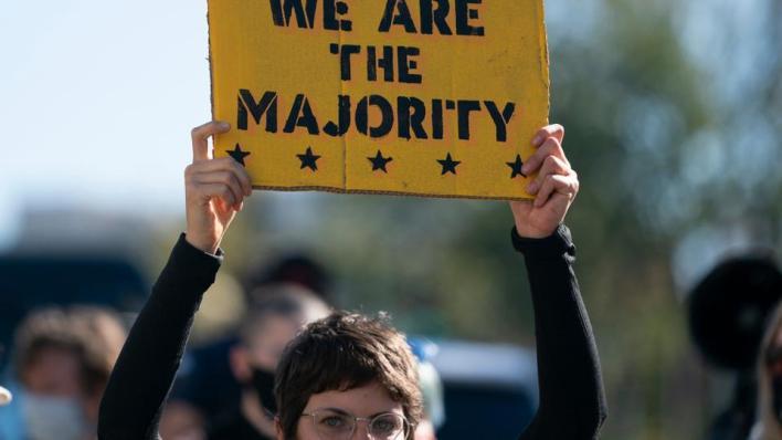 9456794 4095 2306 4 390 - عقب إغلاق صناديق الاقتراع.. احتجاجات متفرقة في مدن أمريكية