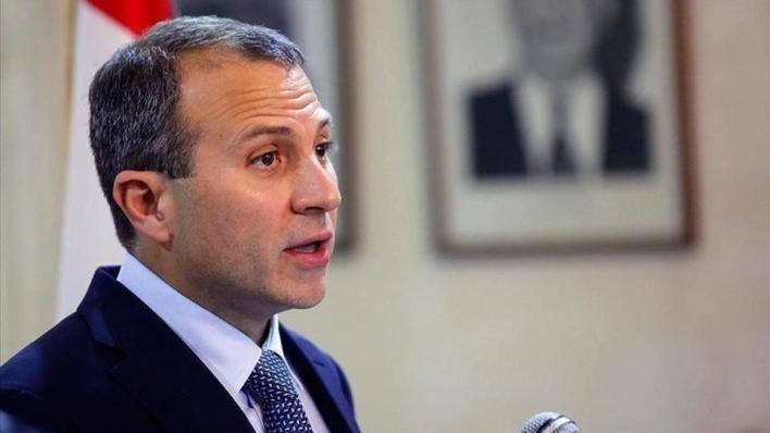 قال وزير الخارجية اللبناني السابق جبران باسيل إن العقوبات التي فرضتها الولايات المتحدة عليه الجمعة لا تخيفه