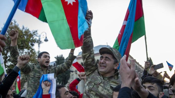 احتفالات في أذربيجان بعد الانتصار بإقليم قره باغ