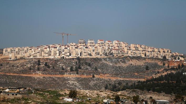 بومبيو ينهي زيارته لمستوطنة بيسغوت بإعلان الاعتراف بمنتجات المستوطنات كمنتج إسرائيلي