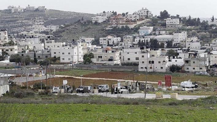إسرائيل تدعم مستوطنات