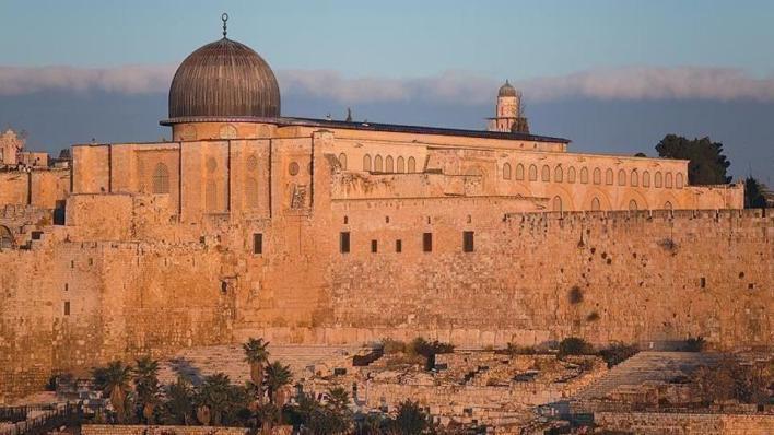 وزارة الخارجية الفلسطينية تقول إنها تنسّق مع الأردن لحماية المسجد الأقصى من اعتداءات الاحتلال الإسرائيلي المتكررة