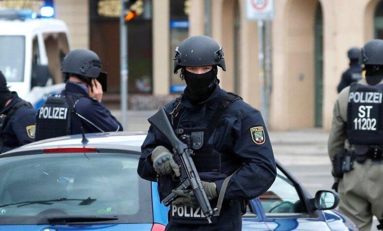 polizei - لاجئ سوري في ألمانيا يقتل زوجته ويخبر الشرطة ليلقوا القبض عليه