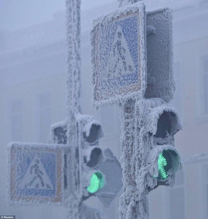 114502 الثلوج بقرية أويمياكون - بالصور ..  أكثر القرى برودة على وجه الأرض