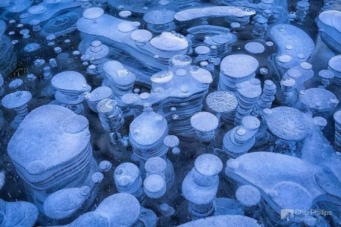 abraham lake 56 - أغرب الظواهر الطبيعية نادرة الحدوث