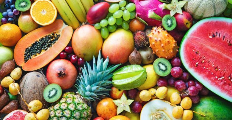 assortment of fruits - أغرب أنواع الفواكه حول العالم بالصور وأسمائها.. اضغط على الصورة لترى المزيد