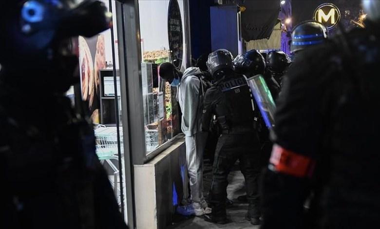 """thumbs b c 83c2e9908684f285e74d178b010fc2b3 - """"الاتحاد الدولي"""": اعتداءات شرطة فرنسا على الصحفيين """"فضيحة"""""""