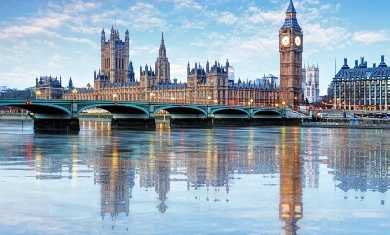 صورة حـ.ـادثة كبرى وقعت اليوم في لندن والوضع خارج السيطرة.. تصريحات رسمية