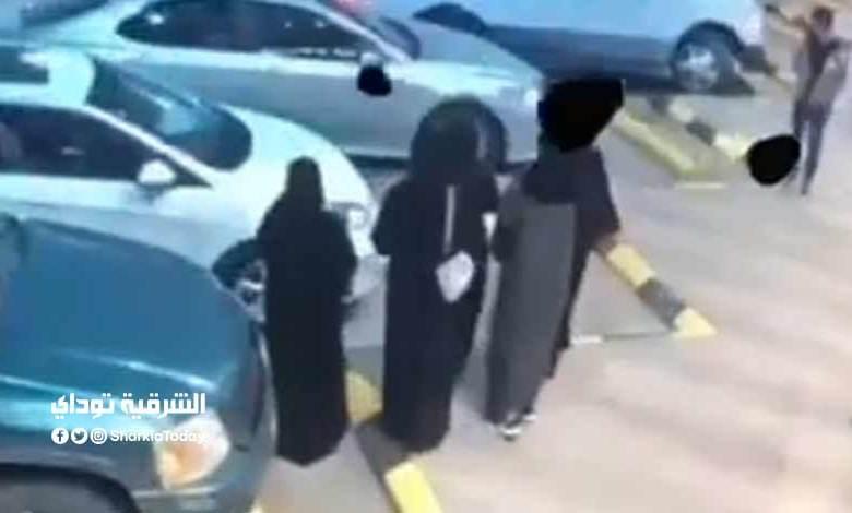 السعودية - بالفيديو.. شاب يعتدي على فتاة في وسط الشارع في السعودية