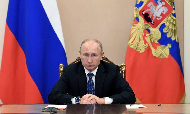 "2020 11 06T114746Z 1350053939 RC2NXJ97B0EY RTRMADP 3 RUSSIA PUTIN scaled - طـ.ـرد 3 دبلوماسيين روس في إطار سياسة ""الرد بالمثل"". والبدء بالتحرك ضد بوتين"