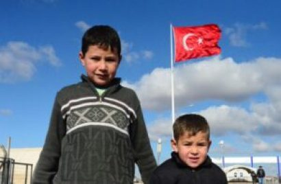 في تركيا 300x196 - البحث عن أنجح الطـ.ـرق لدمج اللاجـ.ـئين السوريين في تركيا.. مسـ.ـؤلة تركية تتحدث