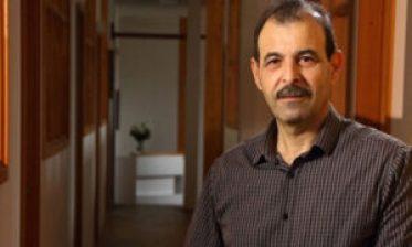 """أنور البني 300x180 - بعد قرار الحـ.جز على أملاك بعض السوريين.. المحامي """"أنور البني"""" يوجه تحذيراً هاماً للسوريين"""