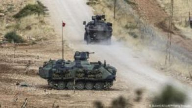 التركي 300x169 - قوات الجيش التركي تــ.ــدك عدة مواقع تابعة لقوات النظام رداً على التصعيد