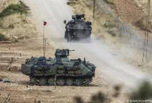 صورة قوات الجيش التركي تــ.ــدك عدة مواقع تابعة لقوات النظام رداً على التصعيد