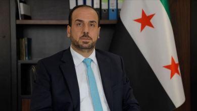 صورة رئيس الائتلاف السوري يتحدث بشأن فتح الممرات بين مناطق النظام والشمال