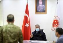 صورة وزير الدفاع التركي يرد بقـ.ـوة على تصريح بايدن الأخير وحـ.ـرب كلامية بين الطرفين