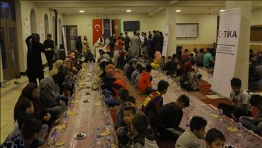 thumbs m c b8844a992d49fae1e1086c541ce0b62a - شاهد بالصور جمعية تيكا التركية تنظم مأدبة إفطار لأكثر من 250 طفا يتـ.ـيم
