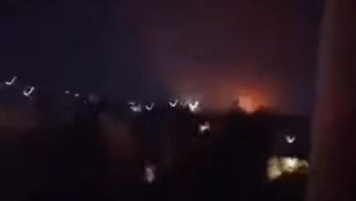 صورة غـ.ـارات جـ.ـوية إسـ.ـرائيلية تـ.ـدك مواقع إيـ.ـرانية في حلب.. فيديو