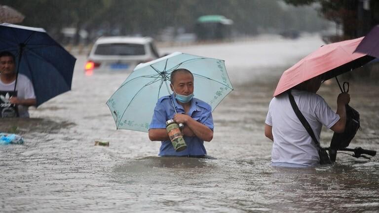 60f7a6854c59b74afe6bbf87 - بالفيديو..الفيضانات تشـ.ـتاح الصين وعـ.ـدد كبيـ.ـر من القتـ.ـلى والمتـ.ـضررين وتحـ.ـذير من الرئيس الصيني