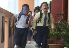 MUAR 24 NOVEMBER 2016. Sebahagian murid-murid Sekolah Kebangsaan Bakri Batu 2 kelihatan ceria selepas berakhirnya sesi persekolahan 2016 dan bermulanya cuti persekolahan akhir tahun di Sekolah Kebangsaan Bakri Batu 2, Muar.Foto Syarafiq Abd Samad