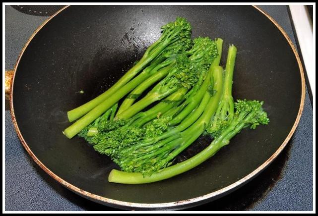 Flash-frying Broccolini
