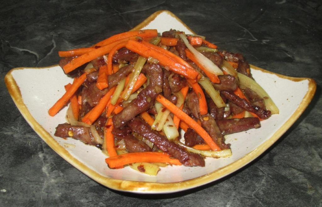 Dry-fried Sour and Spicy Beef