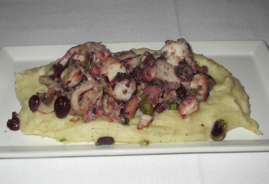 Octopus Steamed alla Parmentara