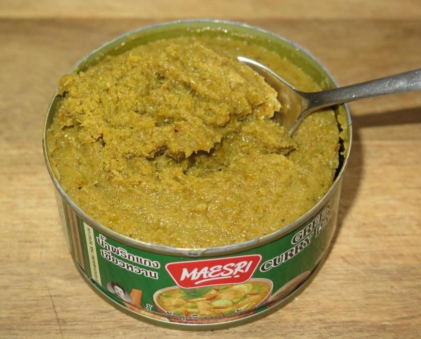 The Contents of a can of Maesri Green Curry Paste