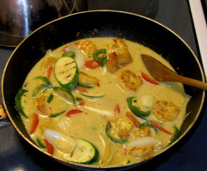 Finishing a Minangkabau Shrimp Curry