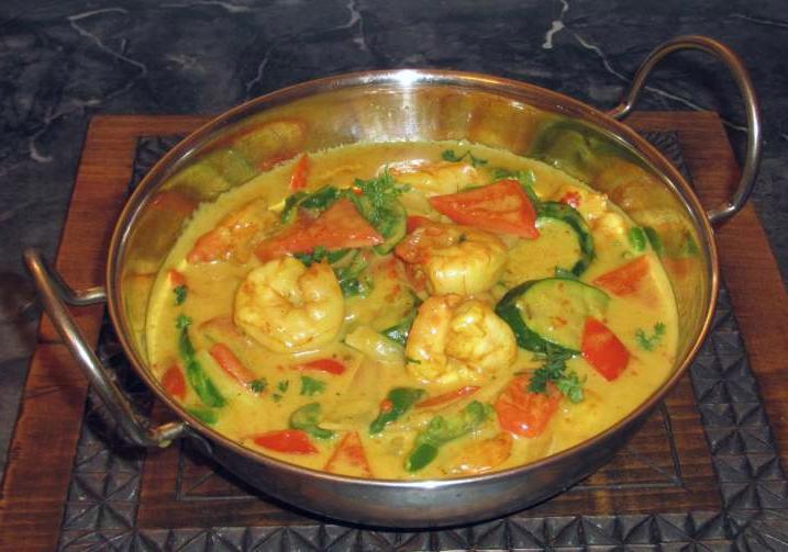 Minangkabau Shrimp Curry