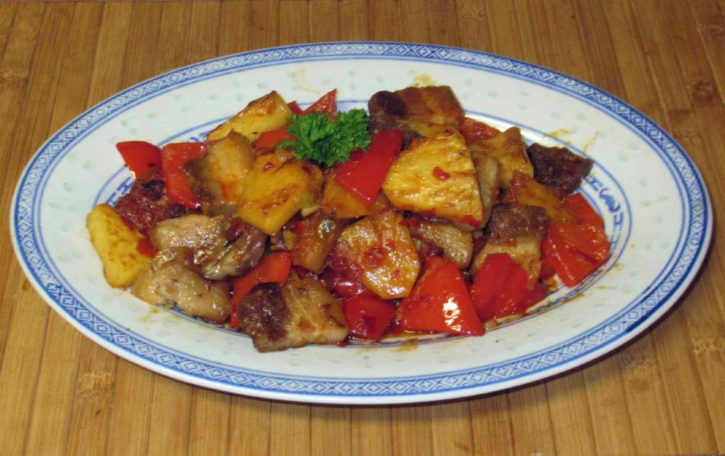 Fish-fragrant Pork Belly with Pineapple - 魚香鳳梨炒五花肉